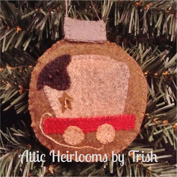 Attic Heirlooms 2015 Ornament of the Month